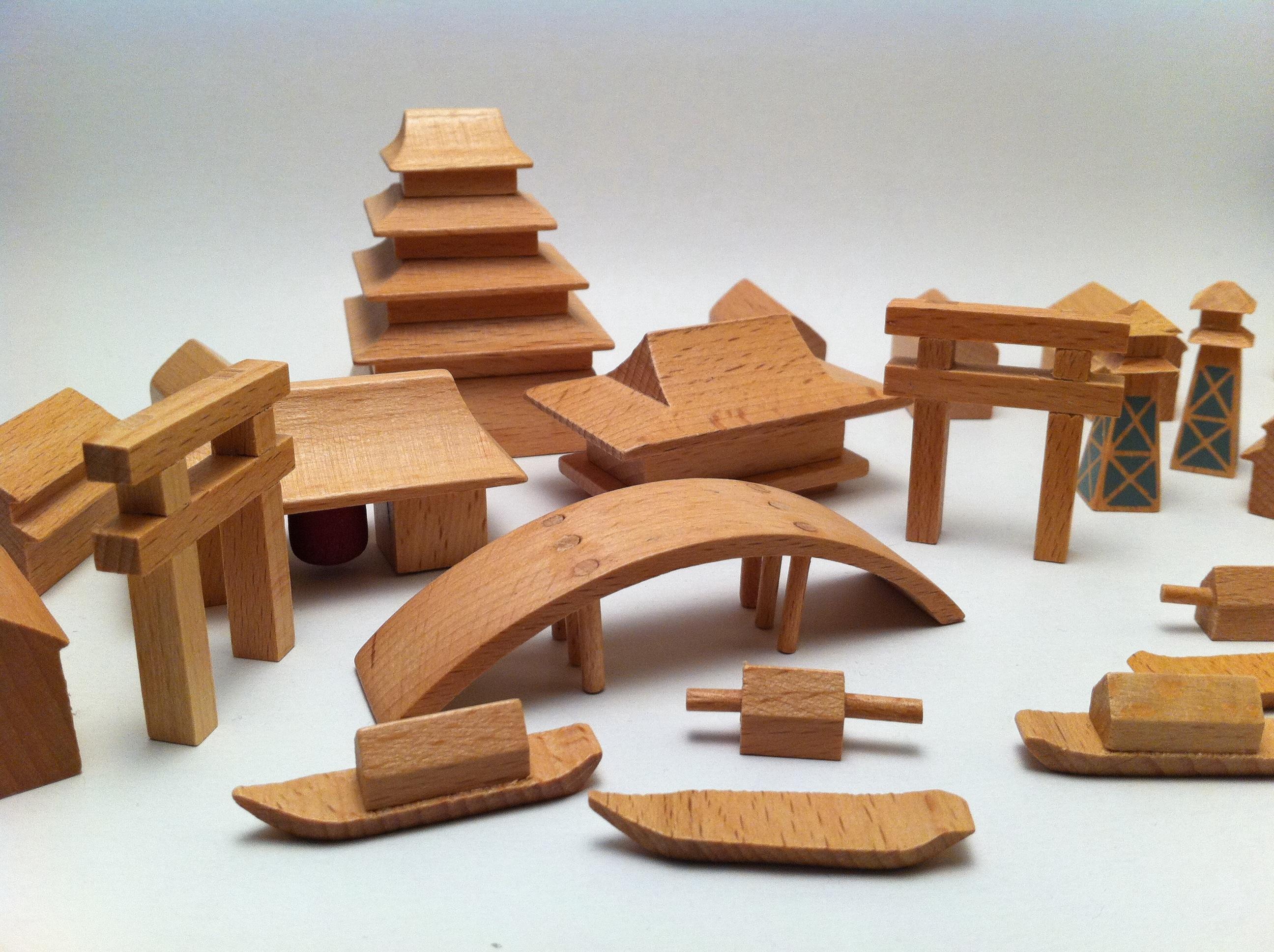 Juguetes de madera 2