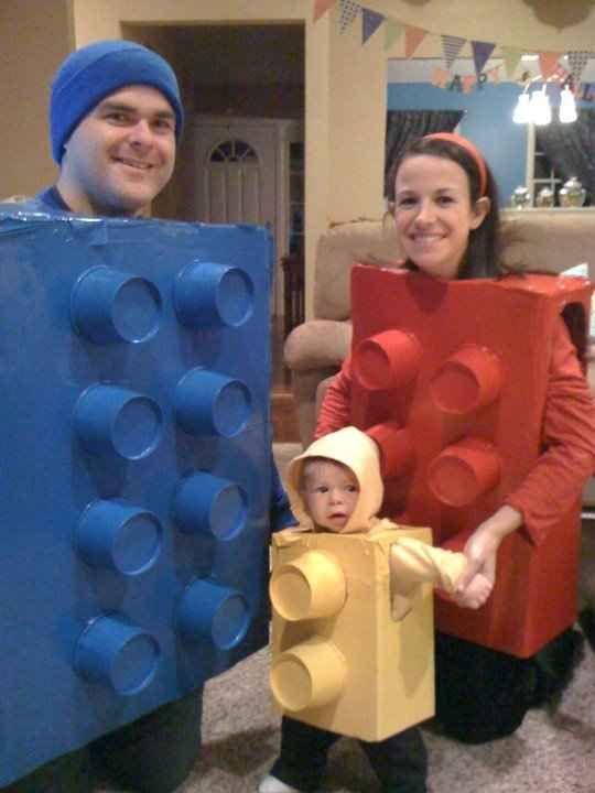 e6a7939b Disfraz casero para Halloween con cajas de cartón - Juguetes