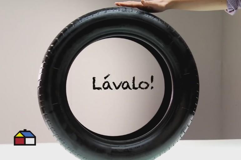 neumático reciclado - quitar la suciedad