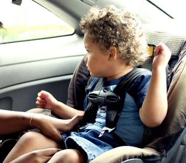 Alzador de coche para niños, ¿cuándo utilizarlo? 1