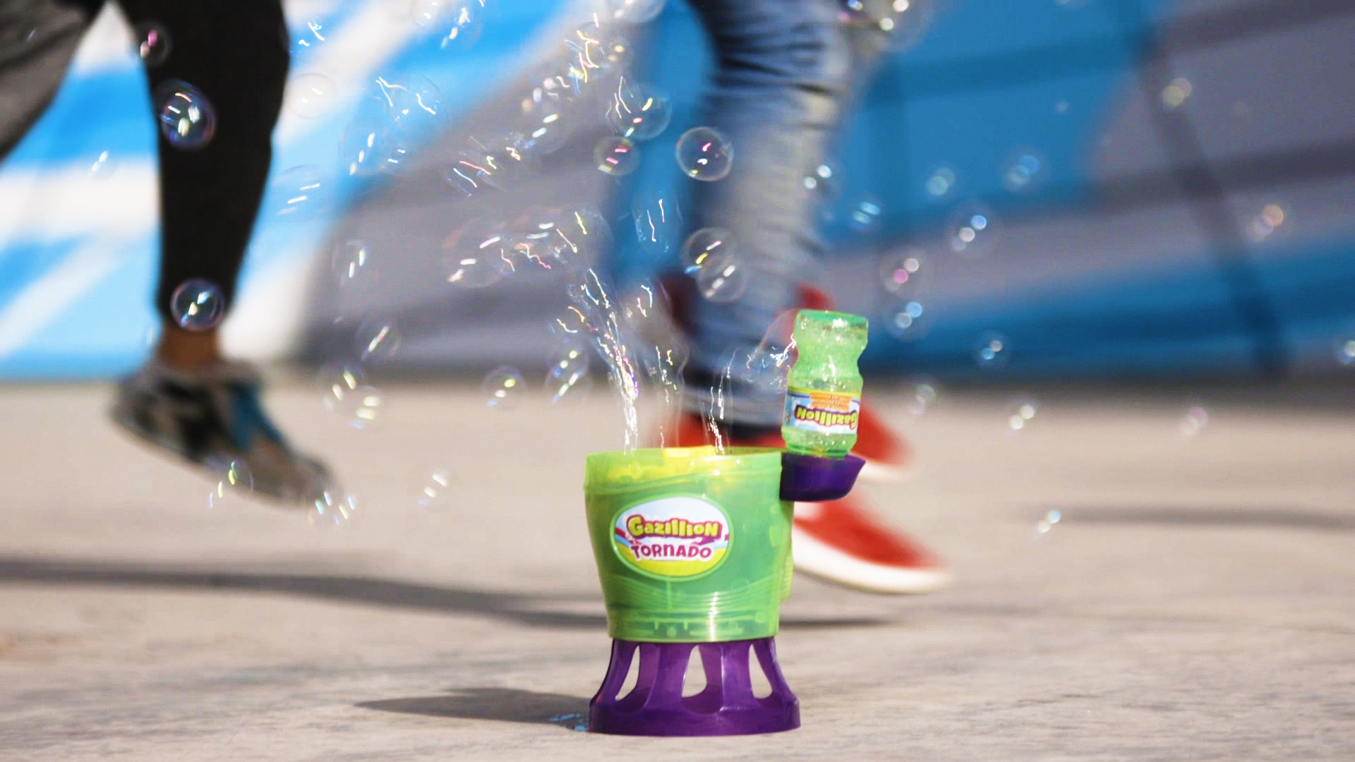 Gazillion, pompas para dar color a las fiestas veraniegas 1