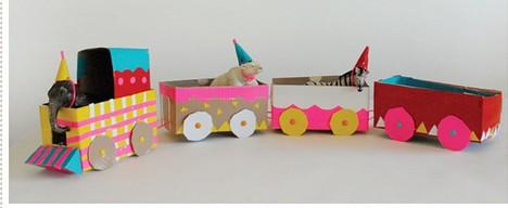 Cómo hacer un tren con cajas de cartón - Juguetes