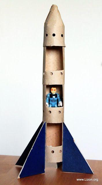 Qué necesitas para hacer un cohete de cartón reciclado
